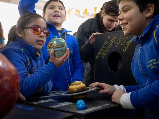 Chile_Eclipse_Blind_Children_71471