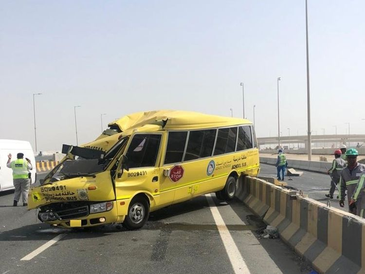Scores injured in two accidents in Abu Dhabi