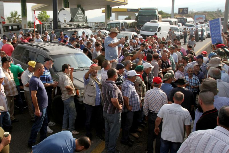 Copy of 2019-06-27T094138Z_1932915870_RC1BB65CAE40_RTRMADP_3_LEBANON-ECONOMY-BUDGET-PROTESTS-1561639547738