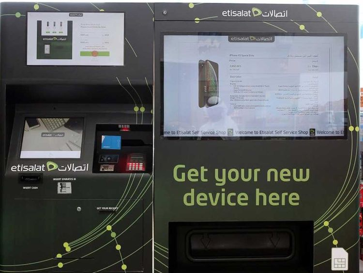 Etisalat launches smartphone self-service vending machine in UAE