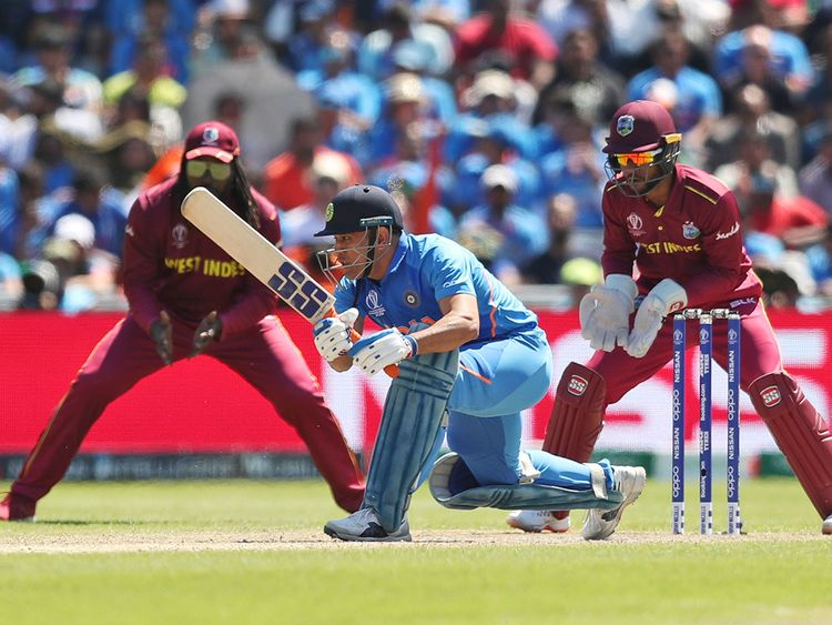 cricket world cup 2019 kohli reveals the role former indian captain dhoni plays in the team