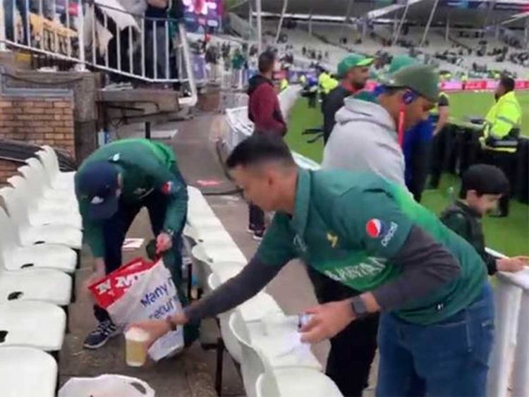 Pakistan fans clean Edgbaston