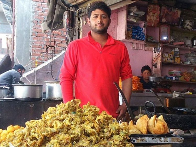 Indian boy who sells snacks cracks difficult GATE exam in