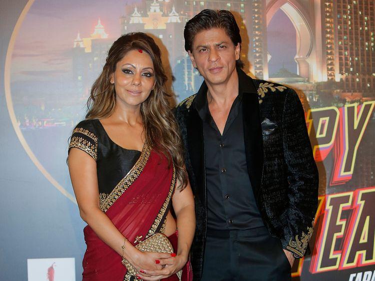 Gauri and SRK 2-1562313514203
