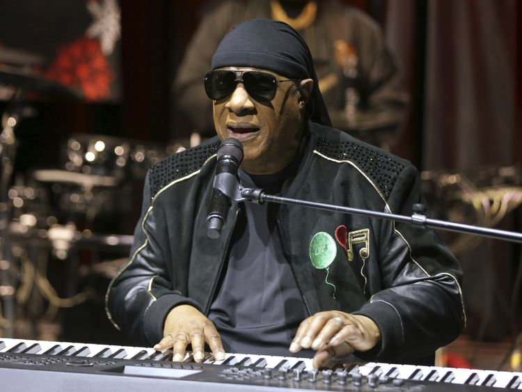 Stevie Wonder-1562480257773
