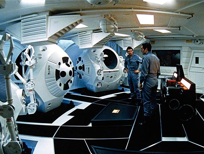Keir Dullea and Gary Lockwood in 2001 A Space Odyssey (1968)-1563274495455