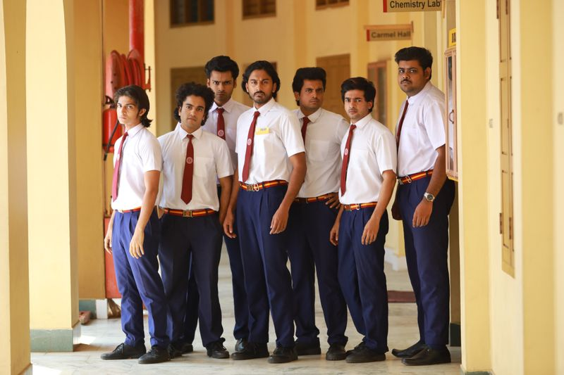 Boys from the elite private school-a scene in Pathinettam Padi-1563342995810