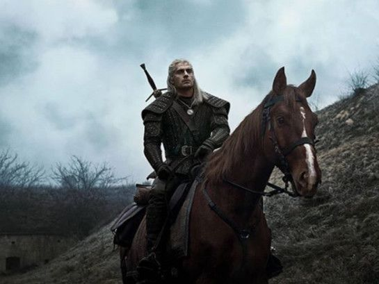 Henry cavill in The Witcher-1563350034133