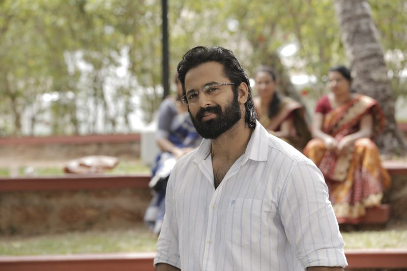 Unni Mukundan in Pathinettam Padi-1563343004579