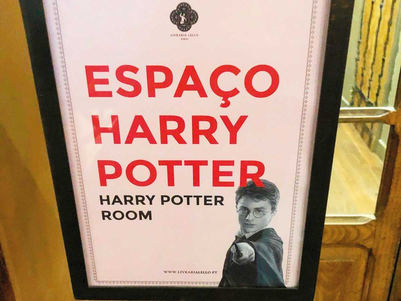 A sign in the Harry Potter room