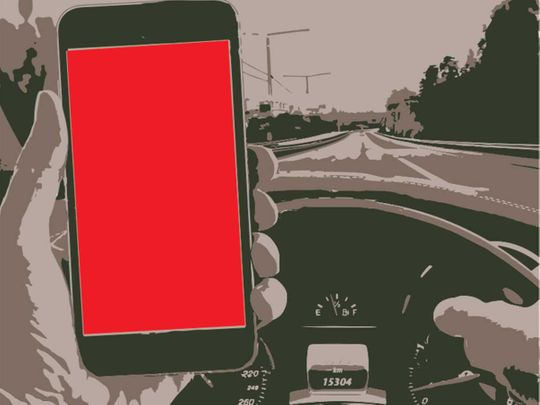 Driving with a phone, Using mobile while driving, Using phone while driving