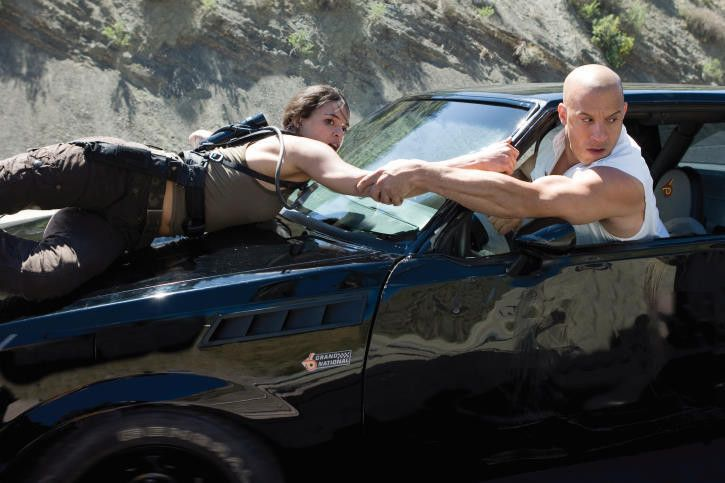 Vin Diesel and Michelle Rodriguez in Fast & Furious (2009)-1564466843029