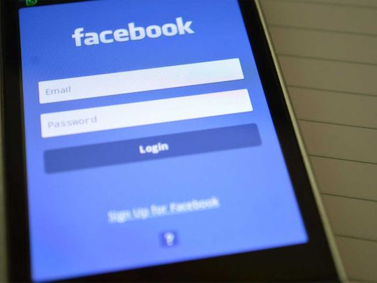 Facebook Augmented Reality device to let you type with your mind