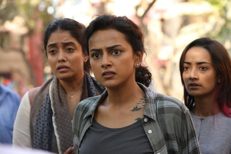 Abhirami Venkatachalam, Shraddha Srinath, and Andrea Tariang in Nerkonda Paarvai-1564813079130