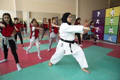 SharjahWomen's-1564823469082