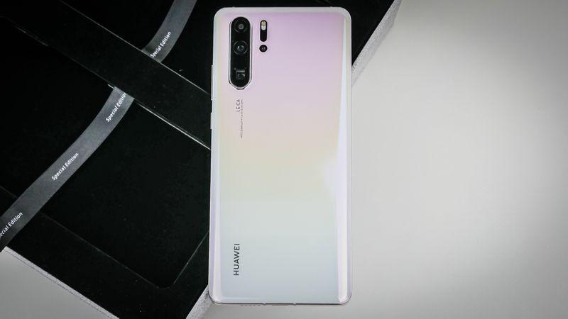 Huawei P30 Pro Pearl White 3