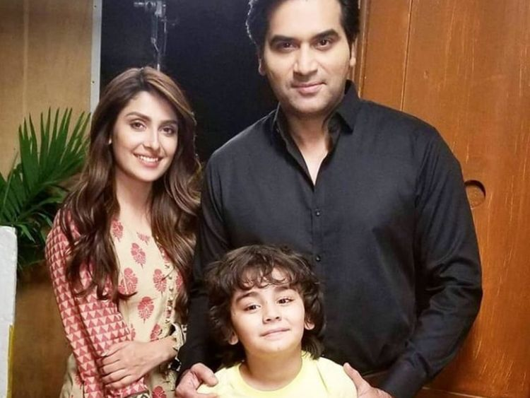 Humayun Saeed and Ayeza Khan at the shoot of MERAY PAAS TUM HO-1564989887197
