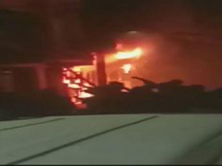 Delhi fire kills 6