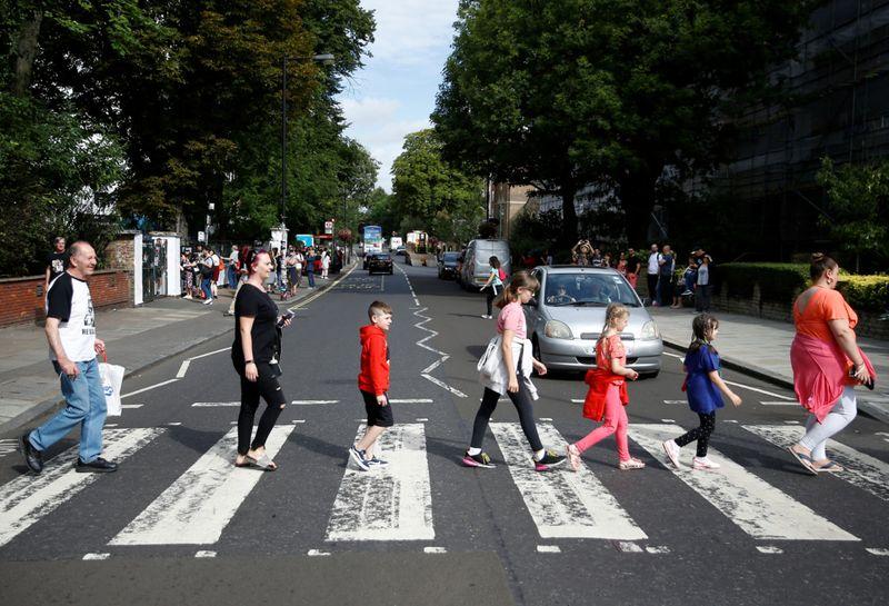 Beatles4-1565419677978