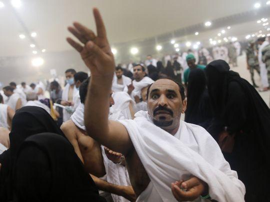 Muslim pilgrims stone the devil on final days of hajj