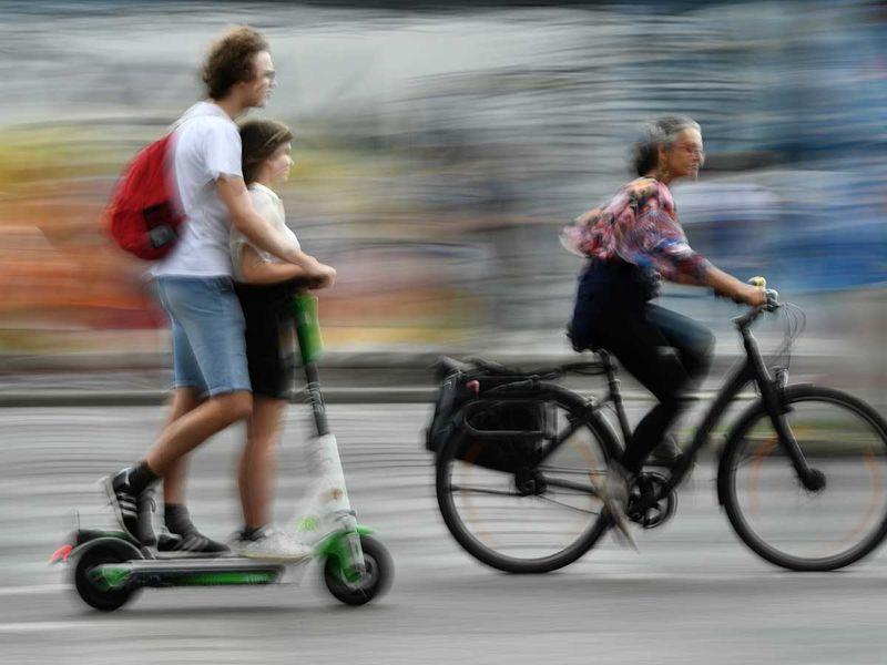 190813 berlin scooters