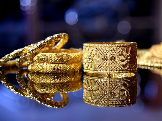 gold ornaments, gold jewellery