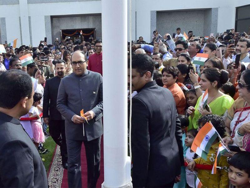 Vipul, Consul General of India in Dubai