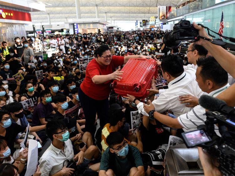 RDS 190815 Hong Kong-1566110653292