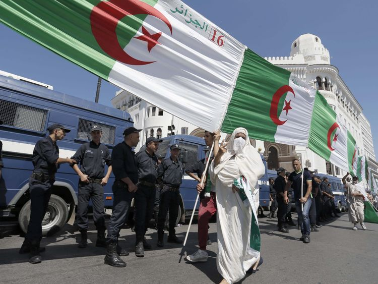 Algeria protest-1566455232808