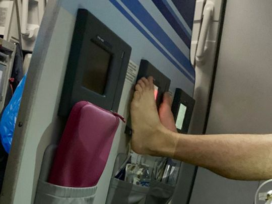 Plane feet