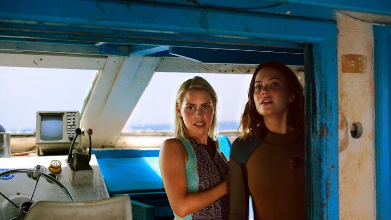 Still from '47 Meters Down' with Mandy Moore.