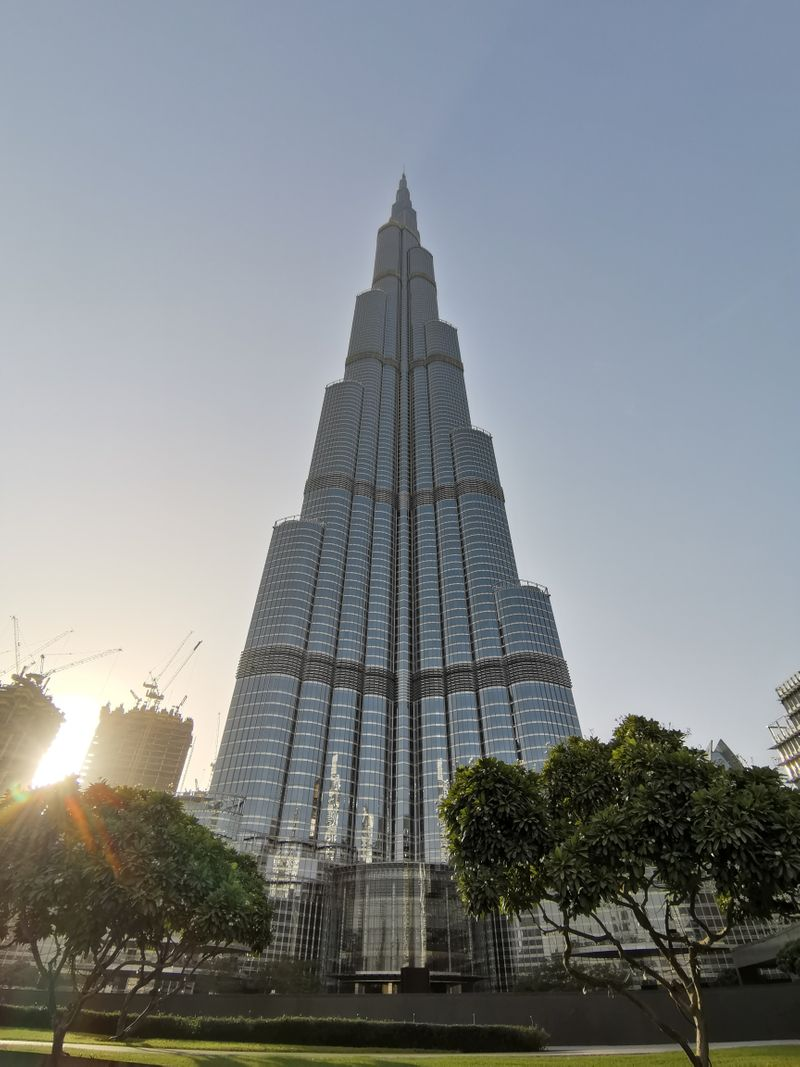 Honor 20 Pro - Burj Khalifa Wide Angle Sample