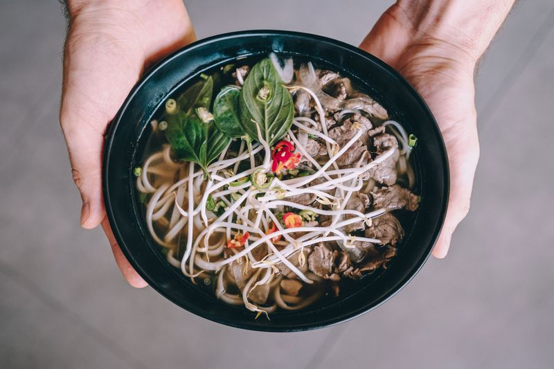Asian5-Independence-meals-6-pho-beef-hand-1567346634653