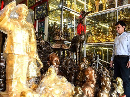 hanoi shopkeeper