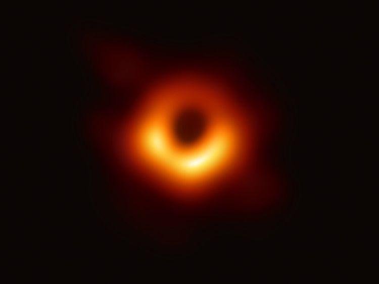 190906 Black hole
