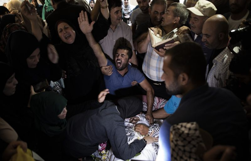 Copy of Palestinians_Leaving_Gaza_48410.jpg-d20f8~1-1568014375281
