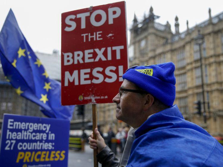 OPN 190912 Anti-Brexit-1568283662976