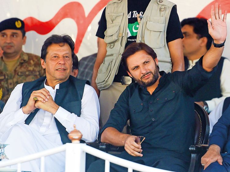 Pakistan celebrities flock to Imran Khan's Kashmir rally   Pakistan – Gulf News