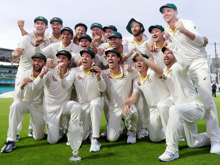 Australia's cricket team poses for photographers -- 122