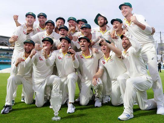 Australia's cricket team poses for photographers -- 122