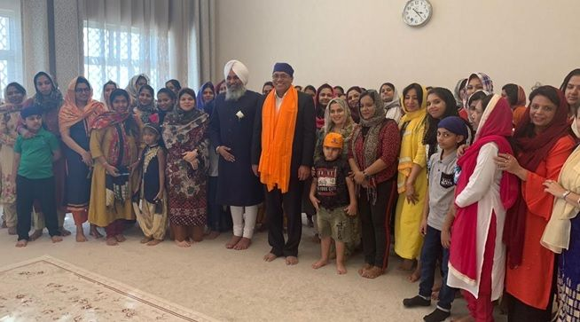 Members of Amled School at the gurudwara in Dubai