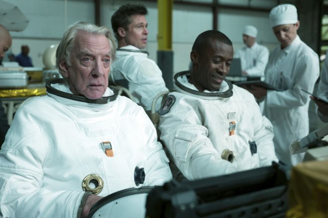 TAB 190919 Film_Review AD ASTRA434-1568877460779