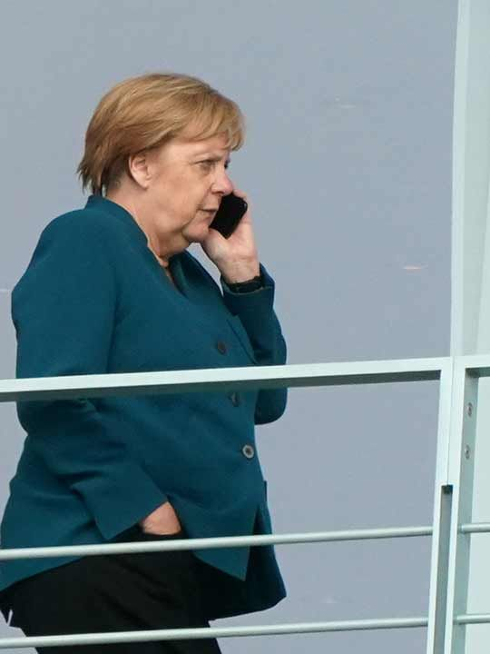Merkel on phone 20190920