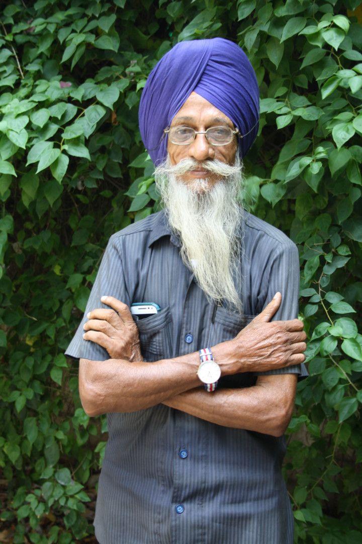 WIN 190920 Auto-rickshaw driver Harjinder Singh - Photo Credit - NILIMA PATHAK-1568980595676