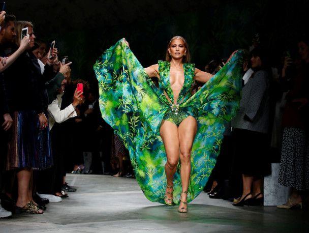 Milan Versace4-1569047571362
