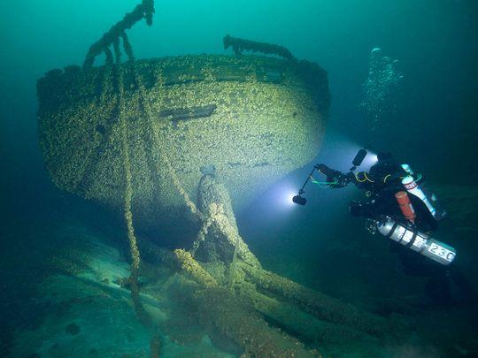 Diver John Scoles
