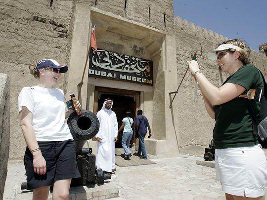 PW-190925_cityscape_Khurram Shroff_web_tourists_archives-1569319534926