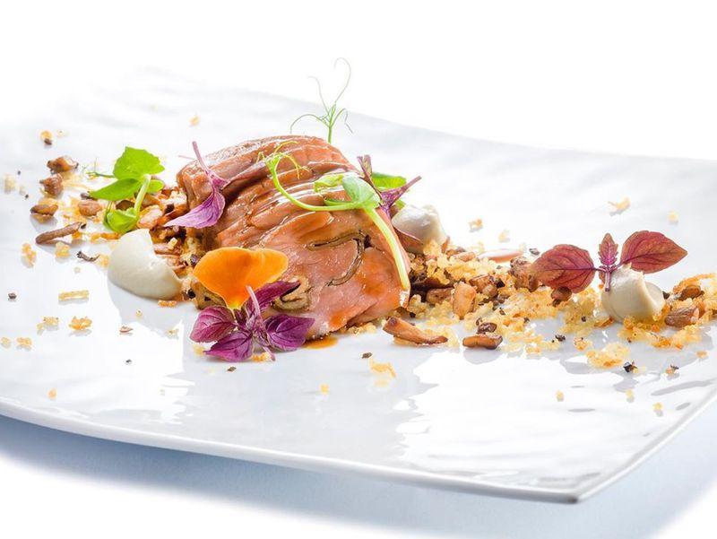 Filetto di vitello con funghi, tartufo estivo e patate-1569416081058