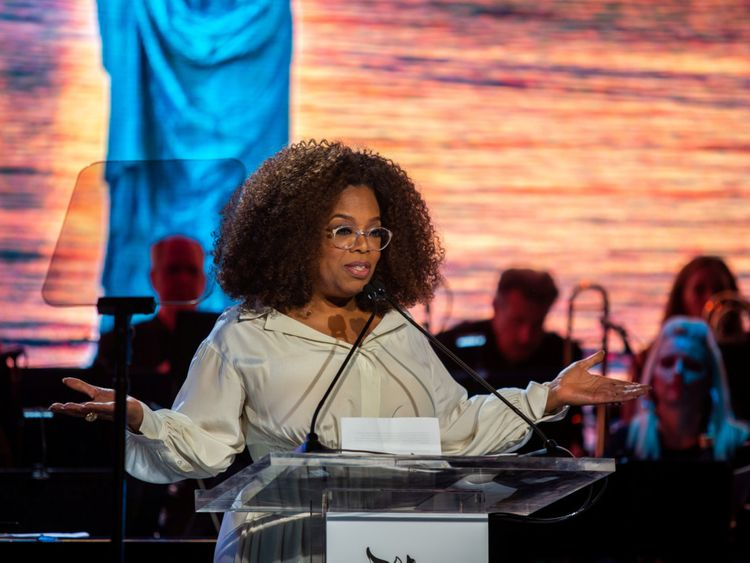 tab 190925 Oprah Winfrey-1569398540654