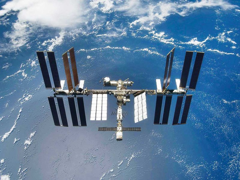 Russia says to launch own space station in 2025
